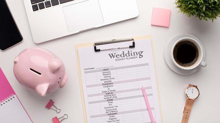 結婚式の費用を抑える!?削減可能なポイントをご紹介
