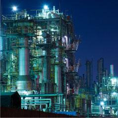 リミックスでんきでは、ビルや工場など様々な産業用施設、事業者の皆さま向けに高圧の電力サービスを提供しています。
